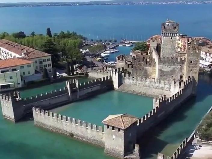 Lago Di Garda Sirnione