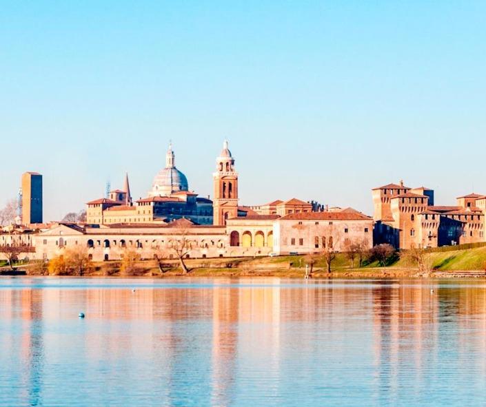 Mantova crociera sul Mincio
